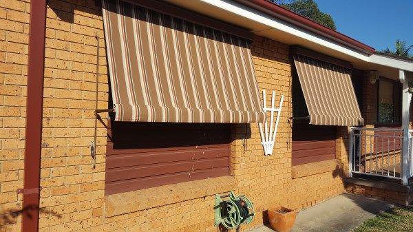 canvas-awning-reskinD6CA84B8-6277-78A5-EC36-083729631CF8.jpg