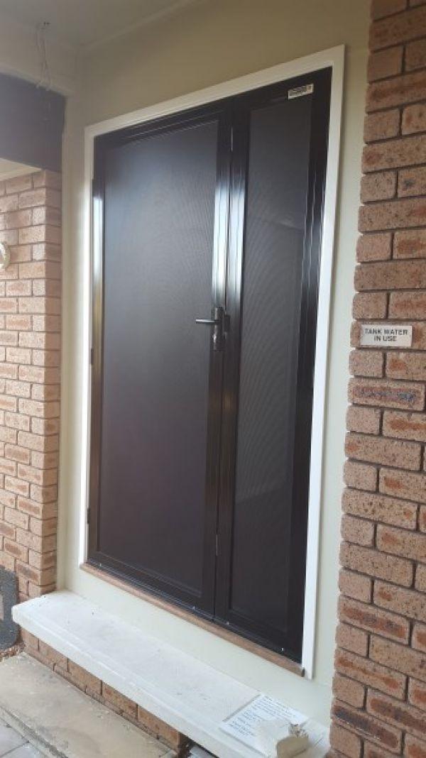 clearshield-one-and-half-door6F1C4018-2C62-126A-E472-5ABB85E00D65.jpg